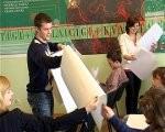 Skolēni piedalās poligrāfiķu karjeras dienā