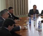 Uzbekistānas aizsardzības ministrs vizītes laikā pārrunā sadarbības iespējas