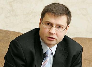 Premjers: LM akcionāru rīcība mazina valdības iespējas palīdzēt uzņēmumam