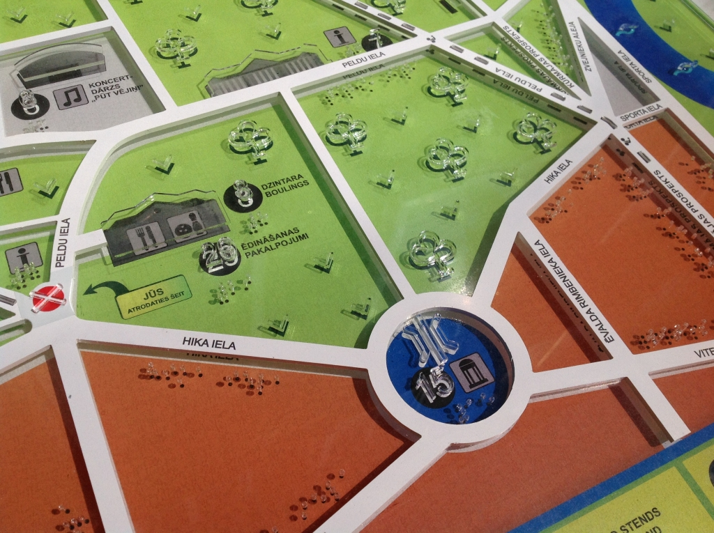 Jūrmalas parkā uzstādīs Liepājā pirmo taktilo karti