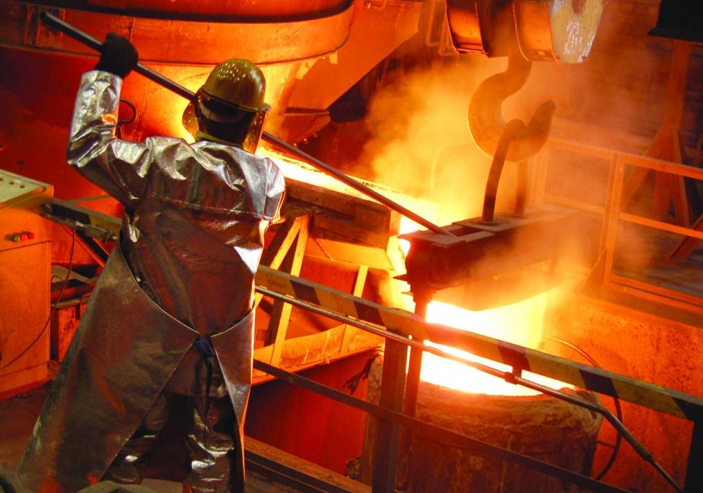 """Arodbiedrība: """"Metalurga"""" darbinieki uz iespējām atgriezties uzņēmumā raugās piesardzīgi"""