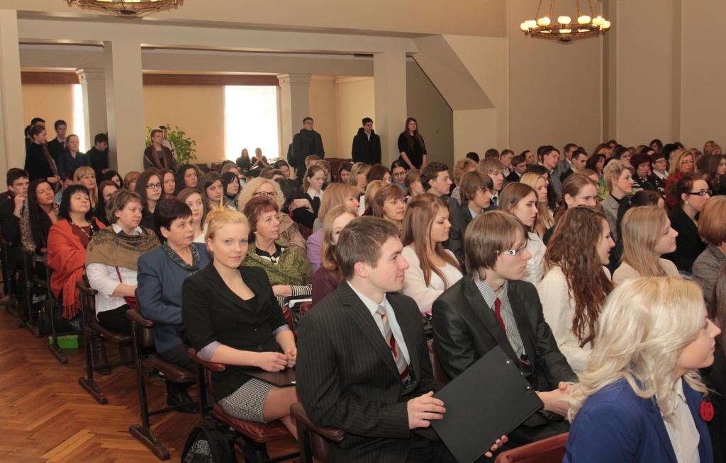 Universitātē uz zinātniski pētniecisko darbu lasījumiem pulcēsies Kurzemes reģiona skolēni