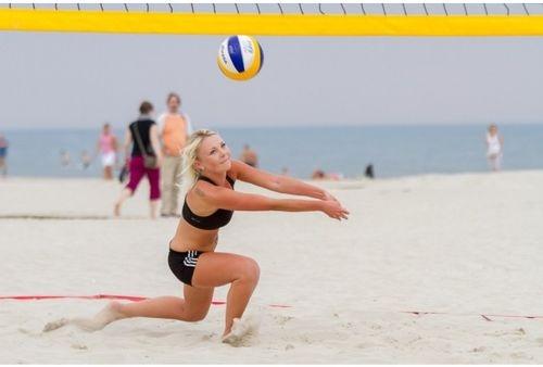 """Izšķirošās cīņas """"Vega 1"""" pludmales volejbola līgā"""