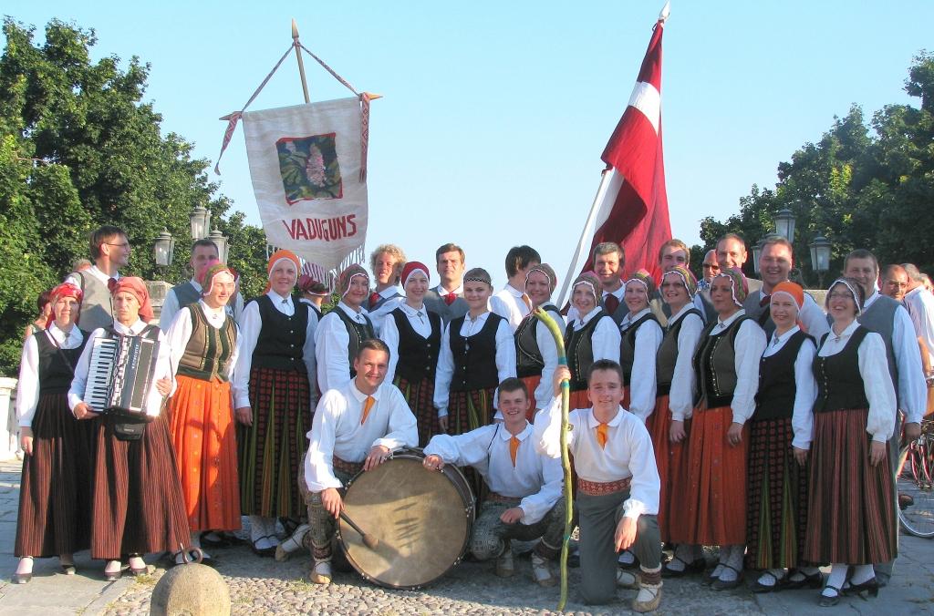 """Vidējās paaudzes deju kolektīvs """"Vaduguns"""" viesosies Prāgā"""