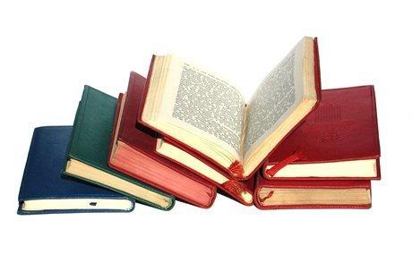 Par rakstniecību teorijā un praksē