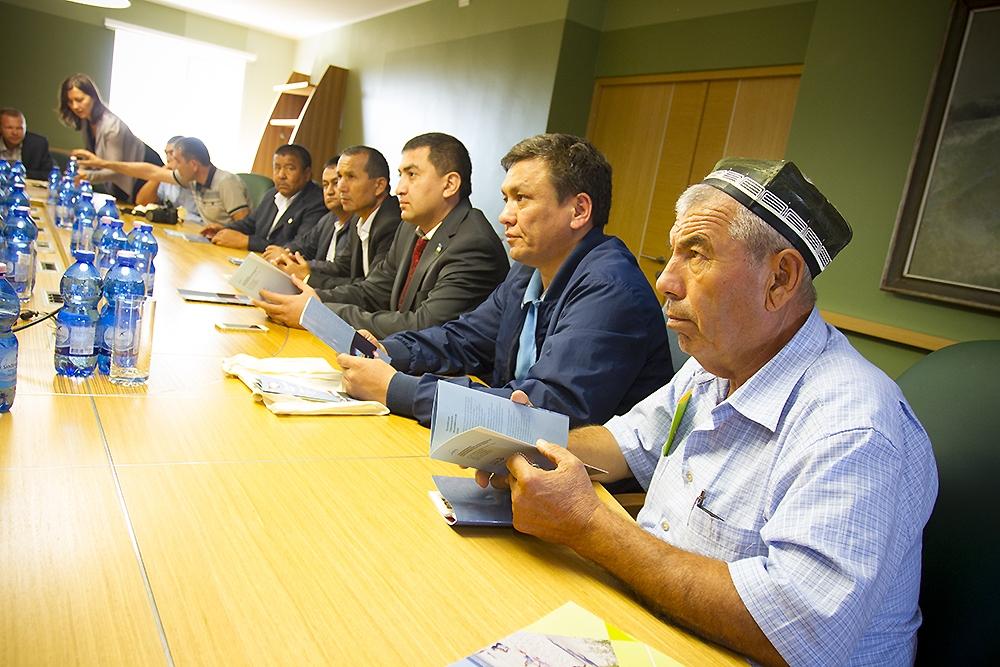 Uzbekistānas uzņēmēji interesējas par ostu