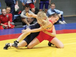 """Starptautiskais turnīrs brīvajā cīņā jaunietēm """"Dzintara rudens"""""""