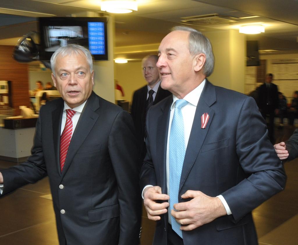 U.Sesks pavadīs Valsts prezidentu oficiālajā vizītē Gruzijā