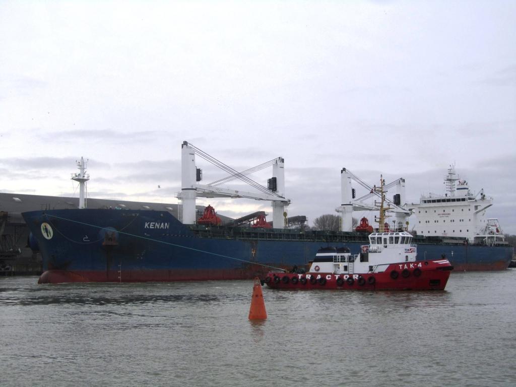 Ostā janvārī 440 tūkstoši tonnu kravu apgrozījumus
