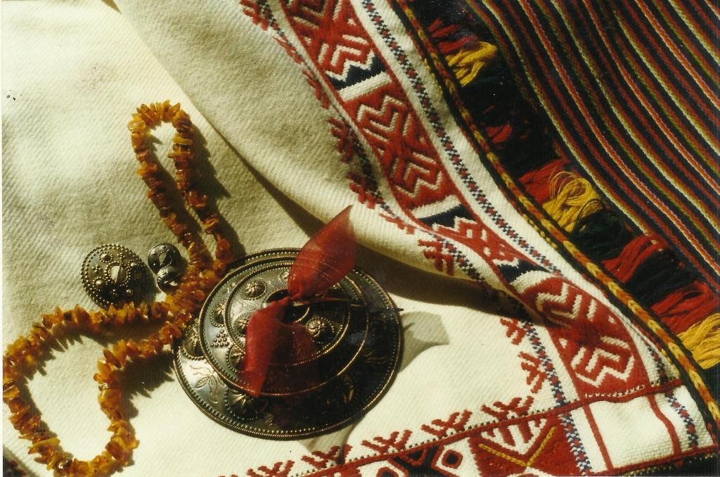 Liepājas muzejā izrādīs Pērkones tautastērpa darinājumus