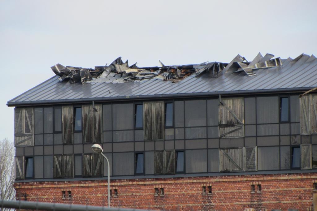"""Apdrošinātājs izmaksā 124 000 eiro lielu atlīdzību ugunsnelaimē cietušajai """"Promenade Hotel"""""""