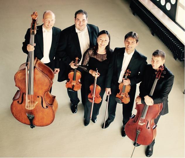 """Berlīnes Filharmonijas orķestra stīgu kvintetsuzstāsies """"Lielā dzintara""""kamerzāles atklāšanas koncertu ciklā"""