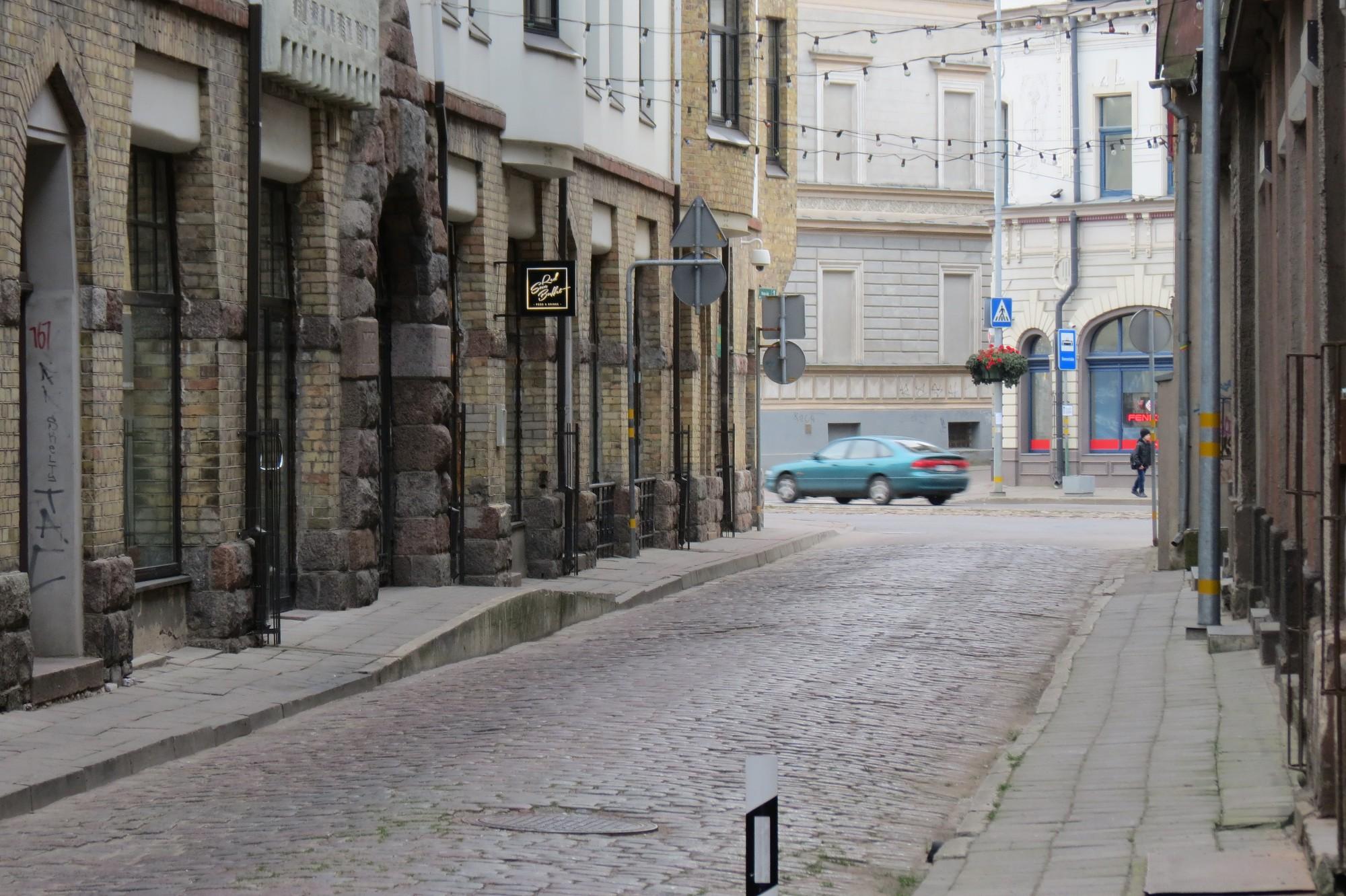 Daļu Pasta ielas cer pārveidot par gājēju ielu