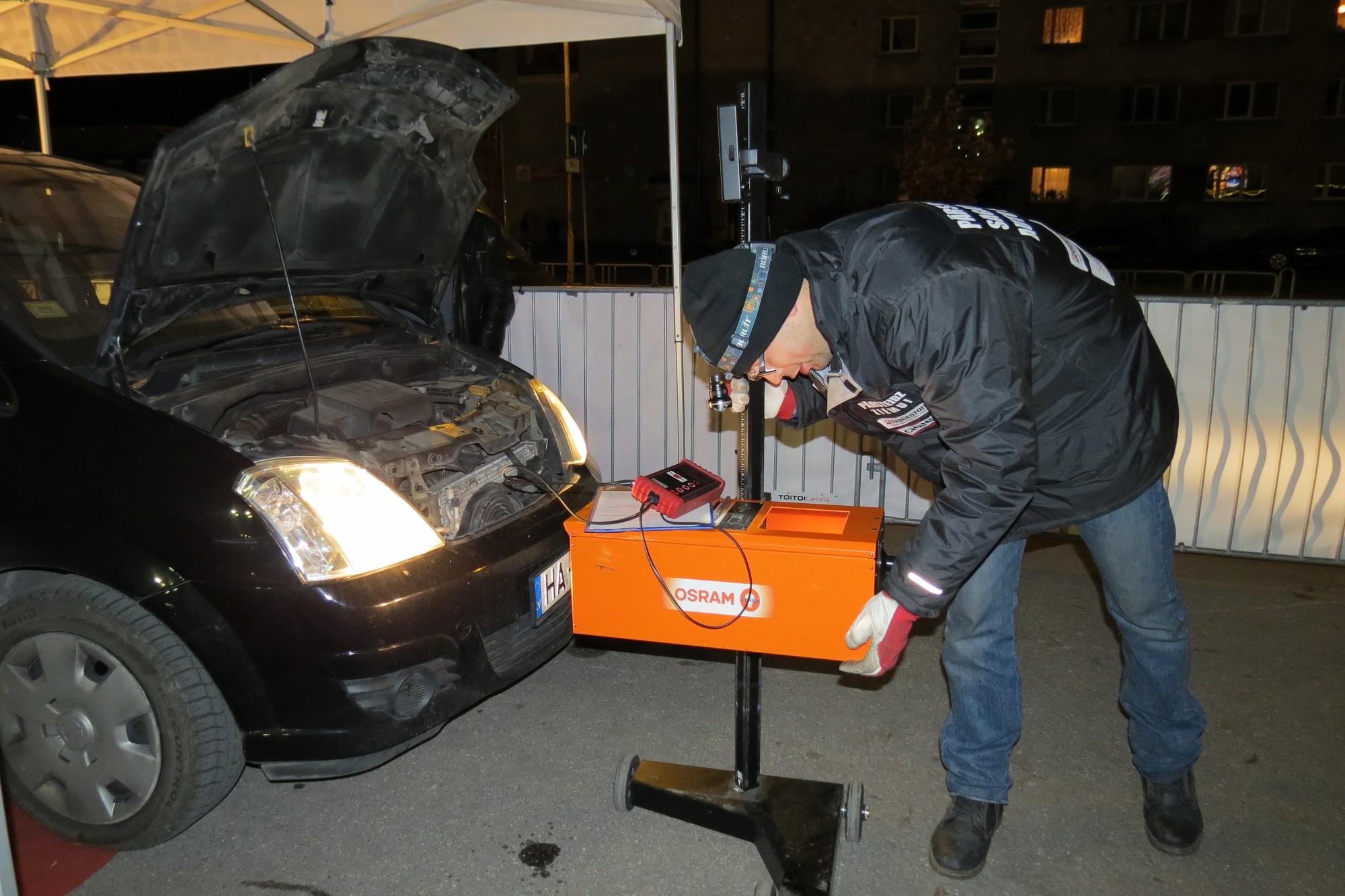 Aktīvi izmanto iespēju bez maksas pārbaudīt auto pirms ziemas