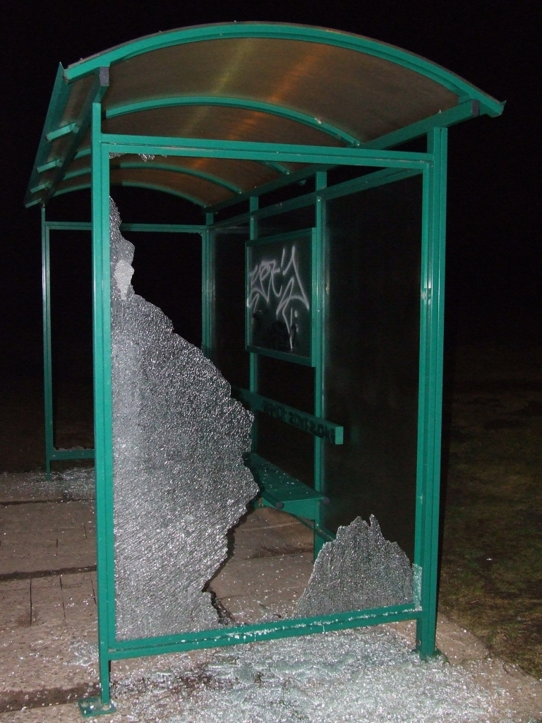 Ventspils ielas pieturas demolētāji notverti