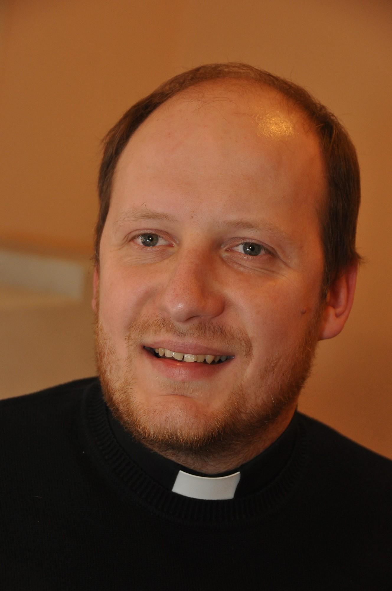 Priesterim Edijam Silevičam pāvests izsniegs Žēlsirdības mandātu