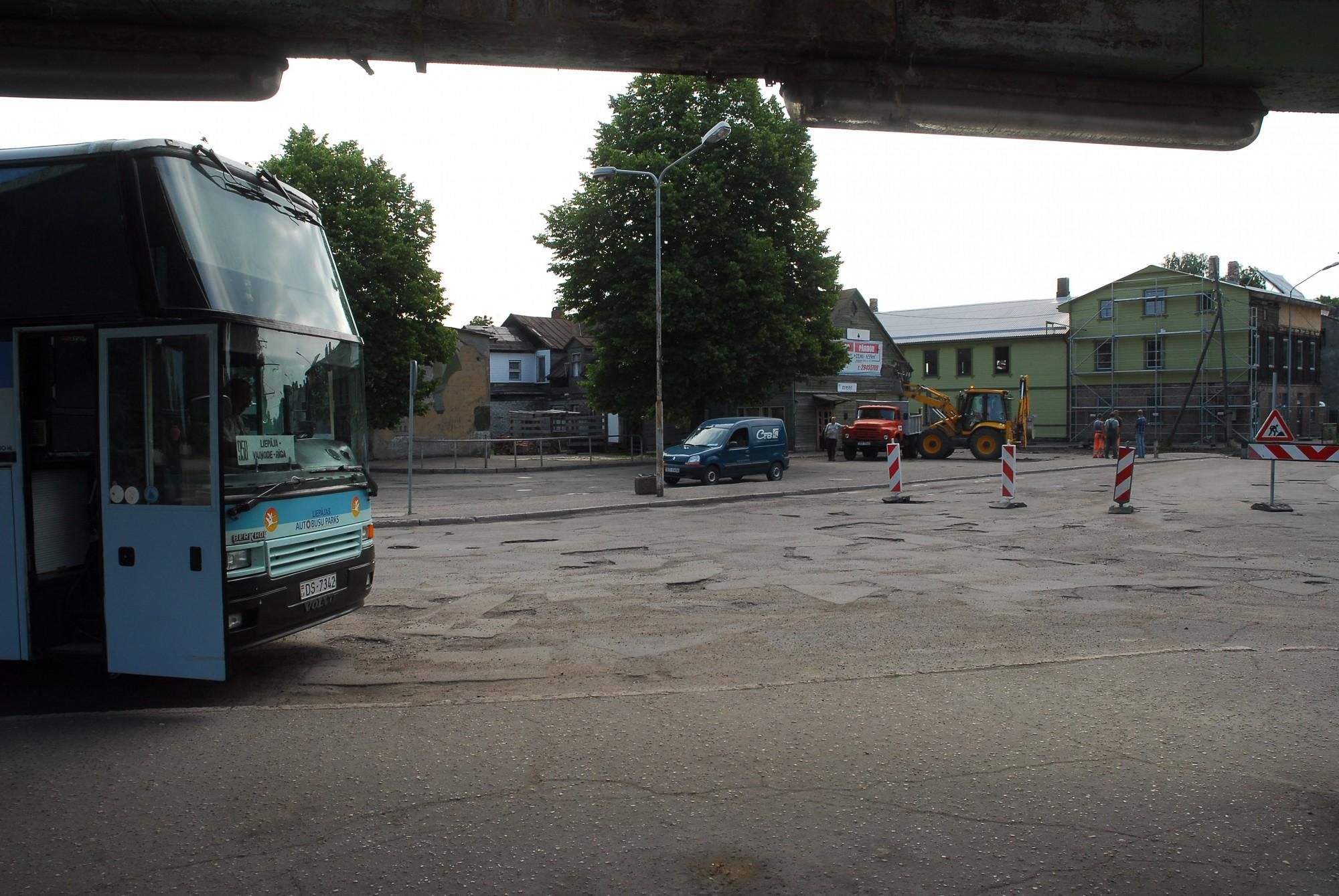 """""""Liepājas autobusu parks"""" sniegs sabiedriskā transporta pakalpojumus lotē Aizpute un Priekule"""