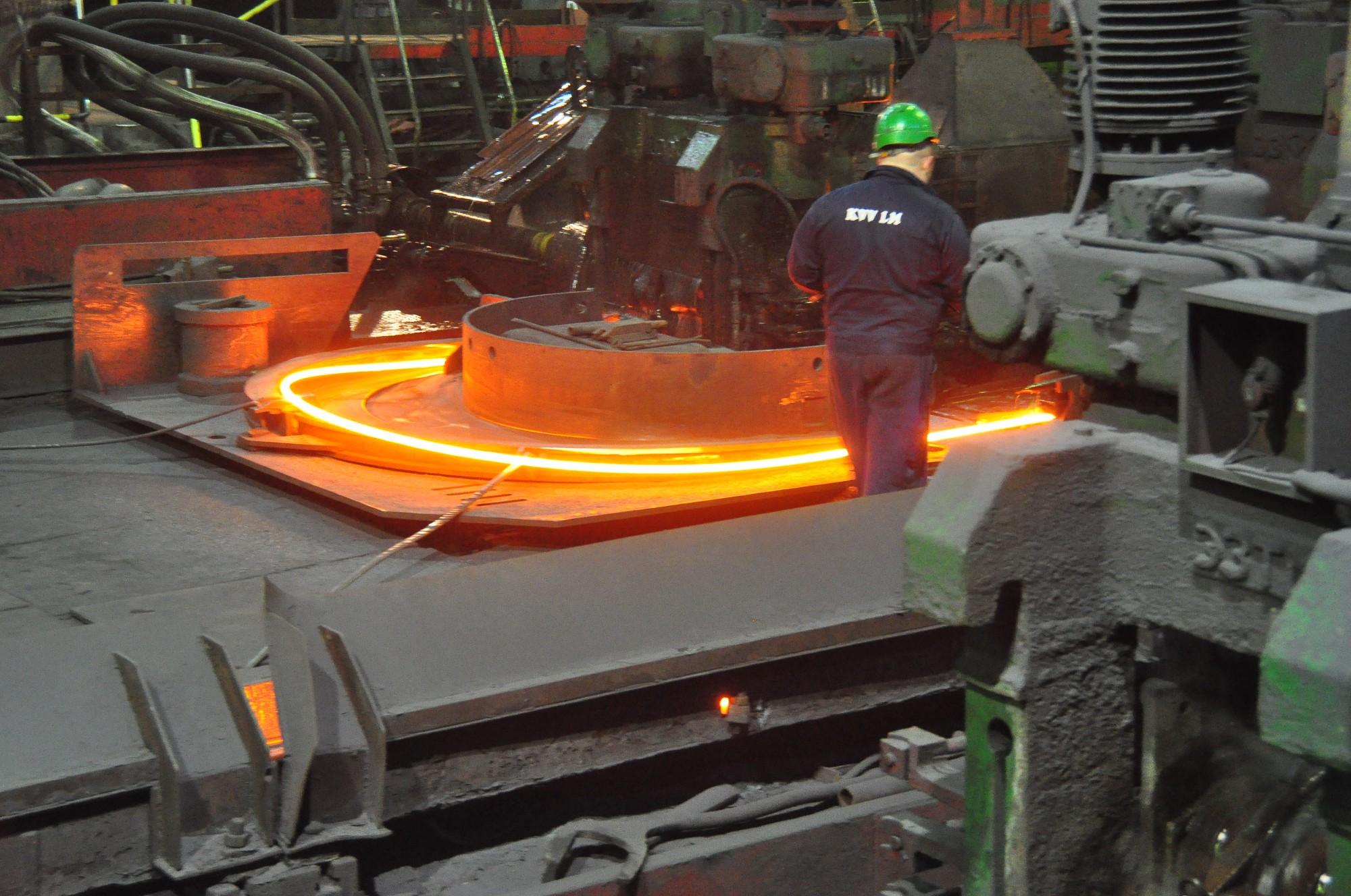 """Ašeradens: """"KVV Liepājas metalurgam"""" ir nākotne – radot jaunu produktu vai atrodot citu akcionāru"""