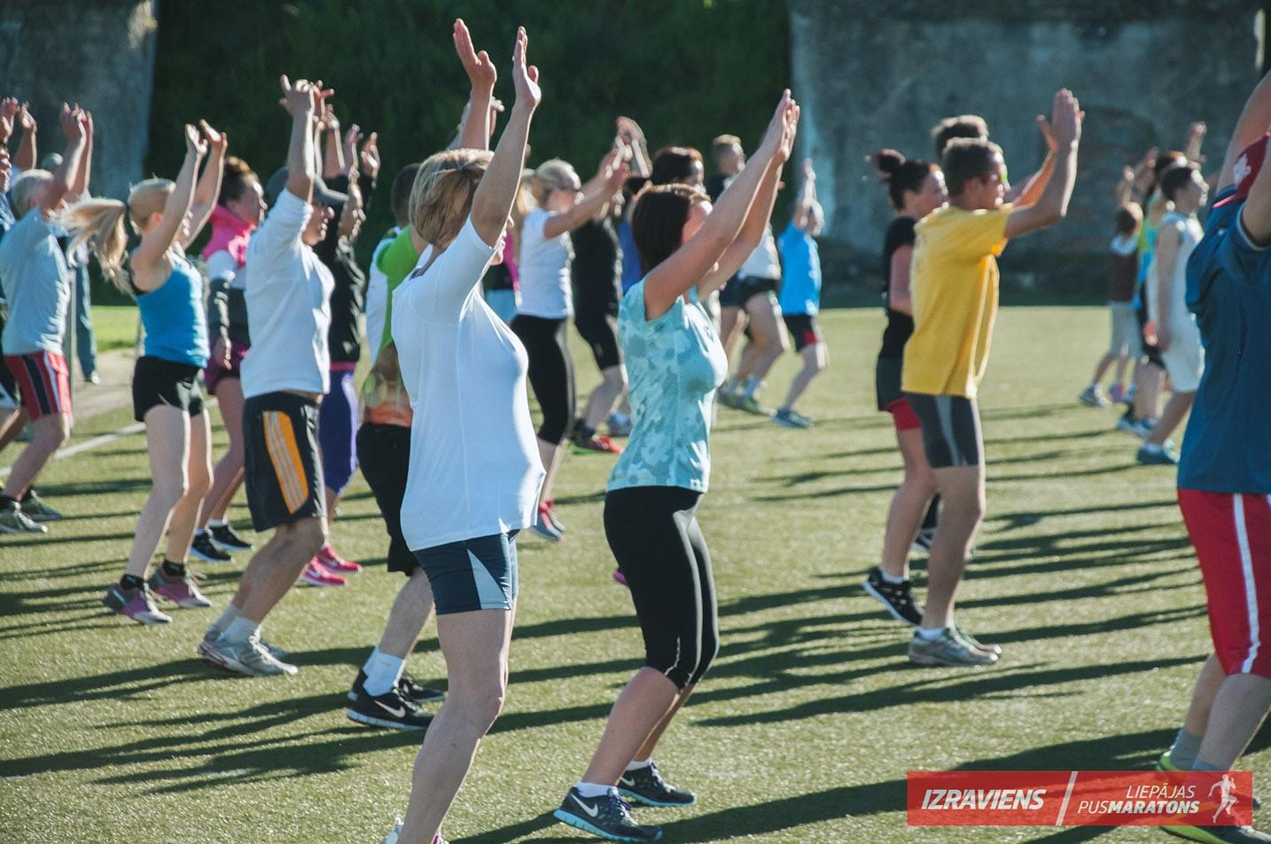 Ar skriešanas un izturības vingrinājumiem turpinās gatavoties Liepājas pusmaratonam