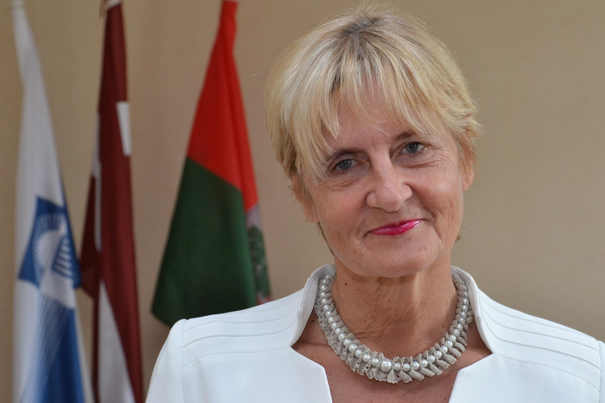 Lai izvairītos no Covid-19 izplatības, Liepājas Universitātes rektore aicinājusi atteikties no ceļojumiem