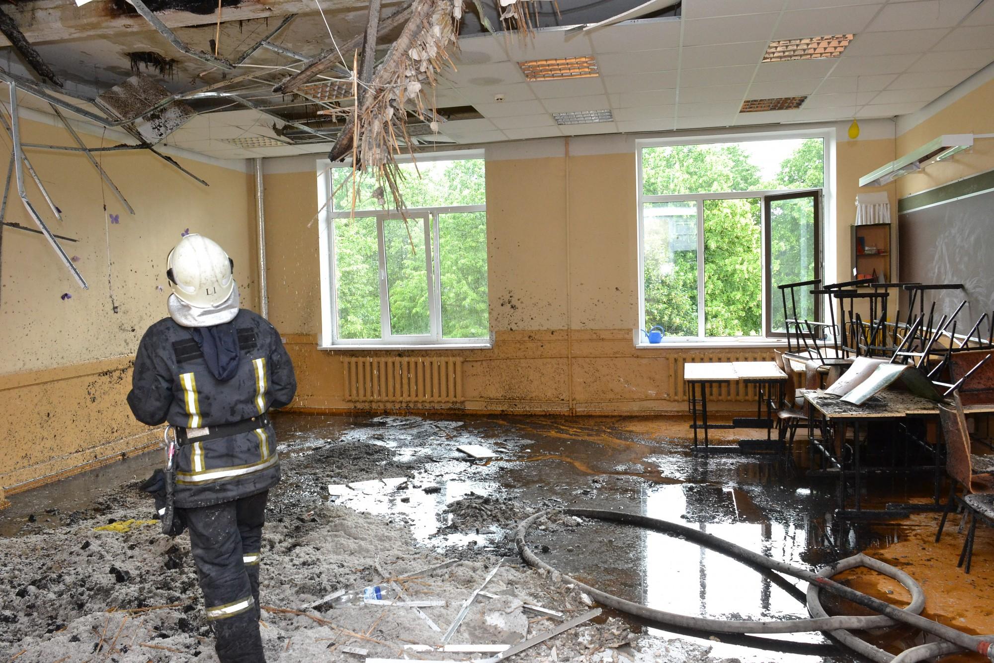 10.vidusskolai zibens spēriena radīto bojājumu novēršanai no valdības lūdz 72 822 eiro