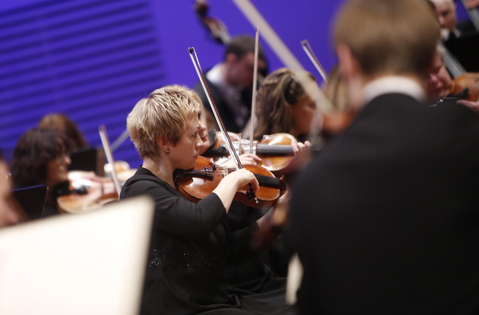 Nepietiekama finansējuma dēļ atcelts viens no zvaigžņu festivāla koncertiem