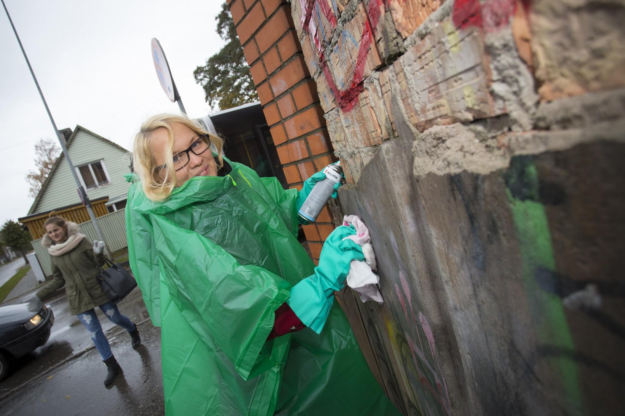 Var saņemt pašvaldības līdzfinansējumu dzīvojamo māju fasāžu attīrīšanai no ķēpājumiem