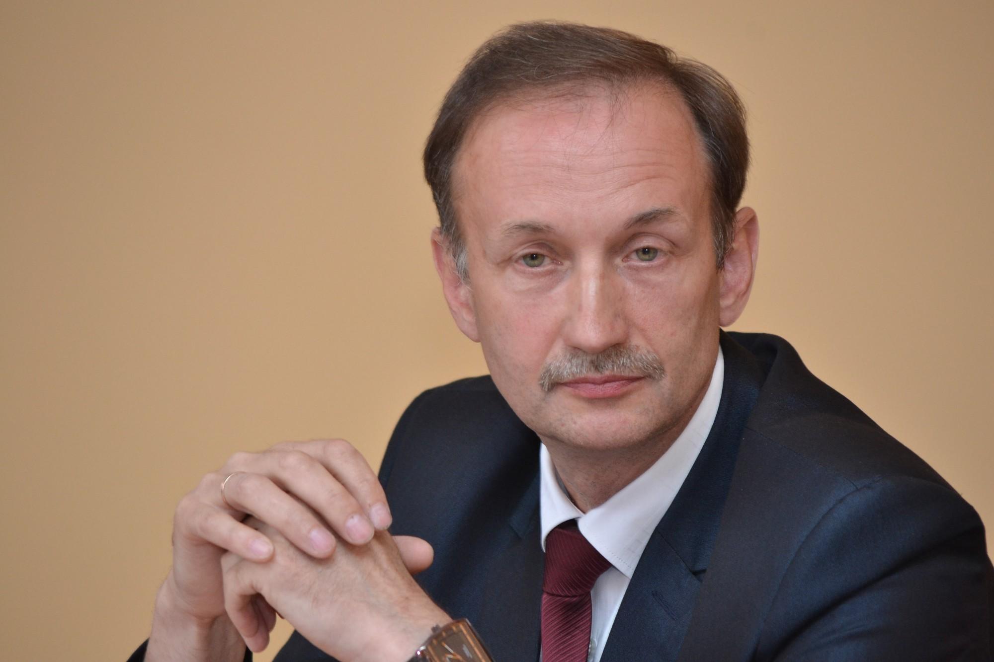 Par Aizputes novada domes vadītāju ievēlē Juri Grasmani