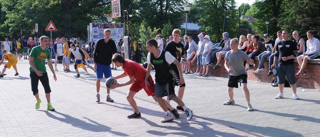Ielu sports pilsētas centrā