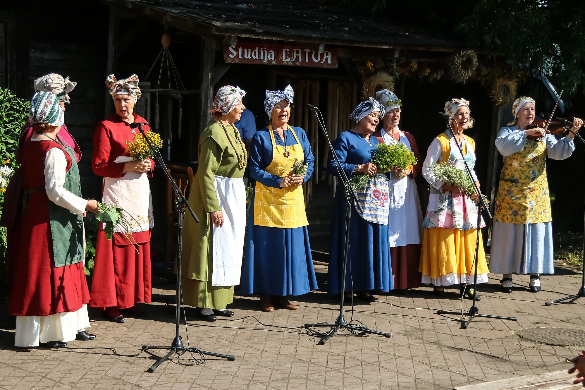 """Folkloras centrā """"Namīns"""" – Saimnieču diena"""