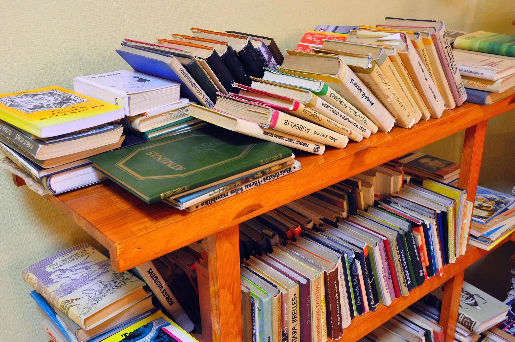 Bibliotēkas vasarā biežāk apmeklē bērni