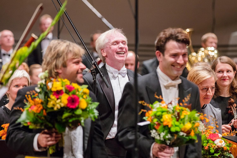 Ar stāvovācijām atklāj Liepājas Simfoniskā orķestra 137. koncertu sezonu
