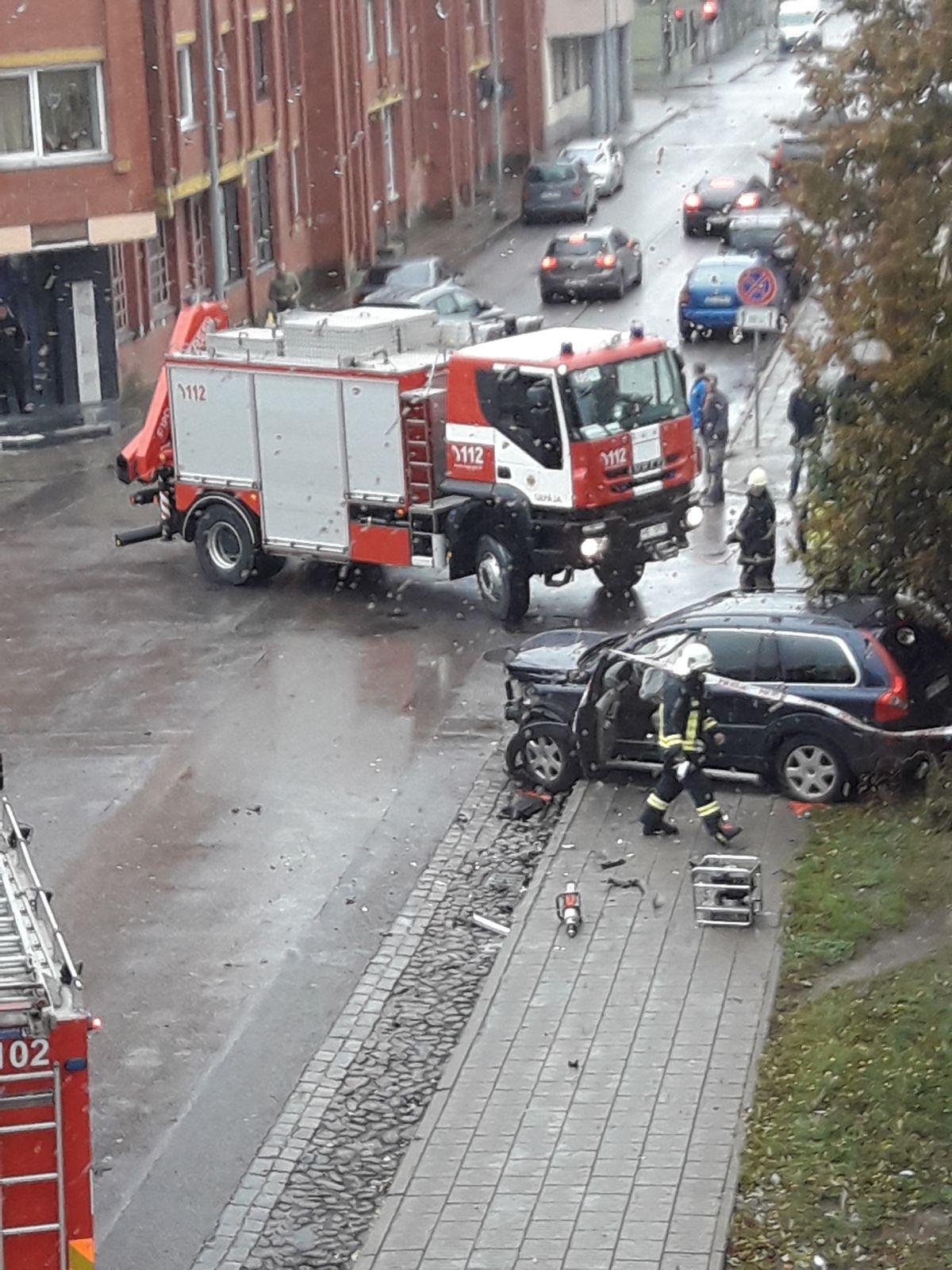 Papildināts – Negadījumā Jūrmalas un Alejas ielas krustojumā cietuši cilvēki
