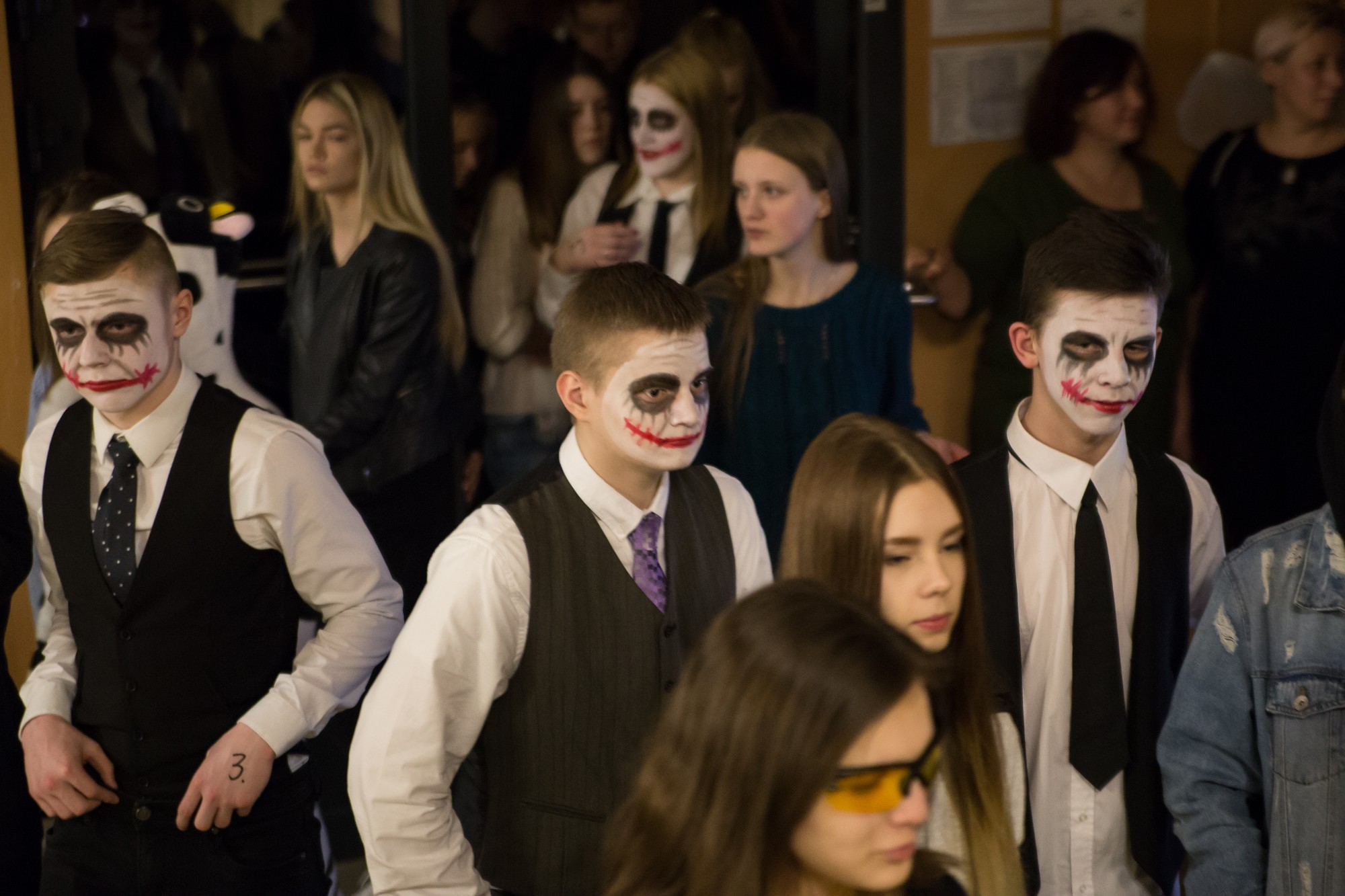 """""""Nakts skolā"""" jauniešus iepazīstina ar superspējām"""