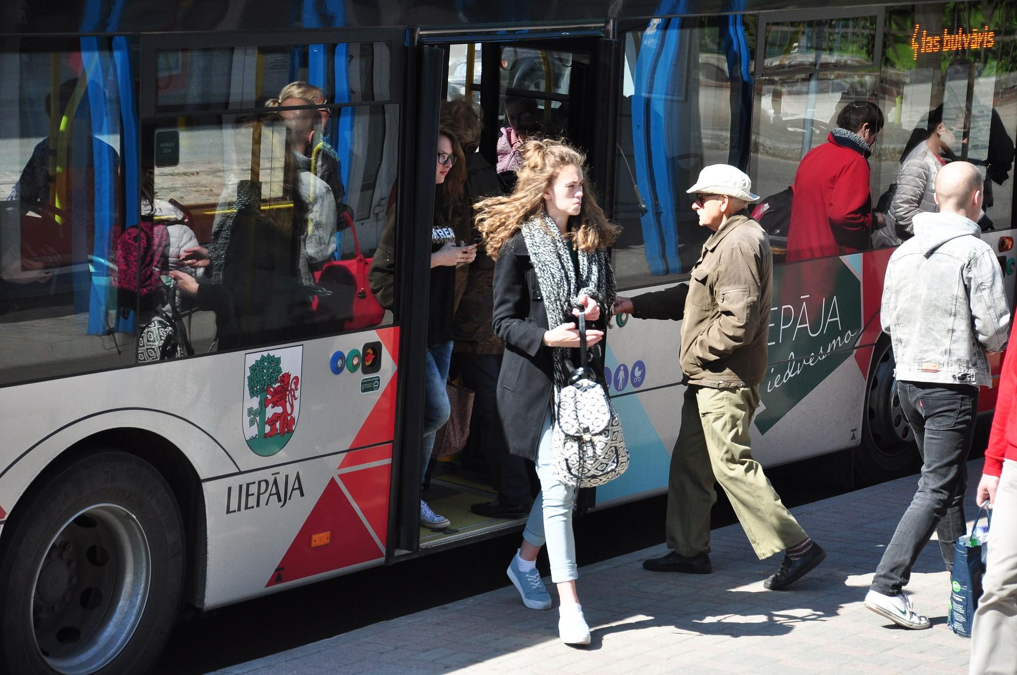 Pusmaratona laikā būs izmaiņas sabiedriskā transporta plūsmā