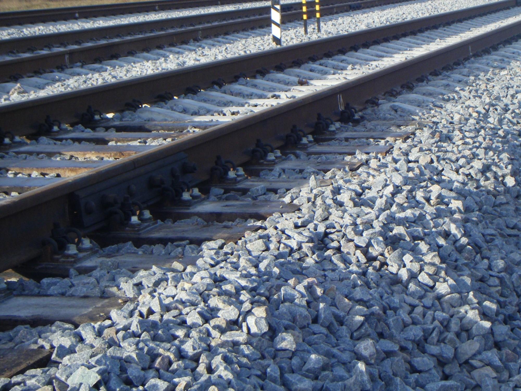 Apzog dzelzceļu
