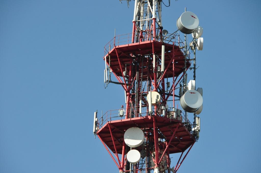 """Konkursam par apraides tiesību piešķiršanu radio programmas veidošanai Liepājā pieteikušies """"Radio SWH"""" un """"Solergo"""""""