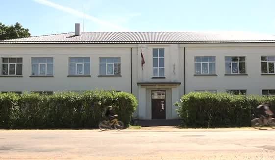 Likvidējamajā Gramzdas pamatskolā veidos pansionātu