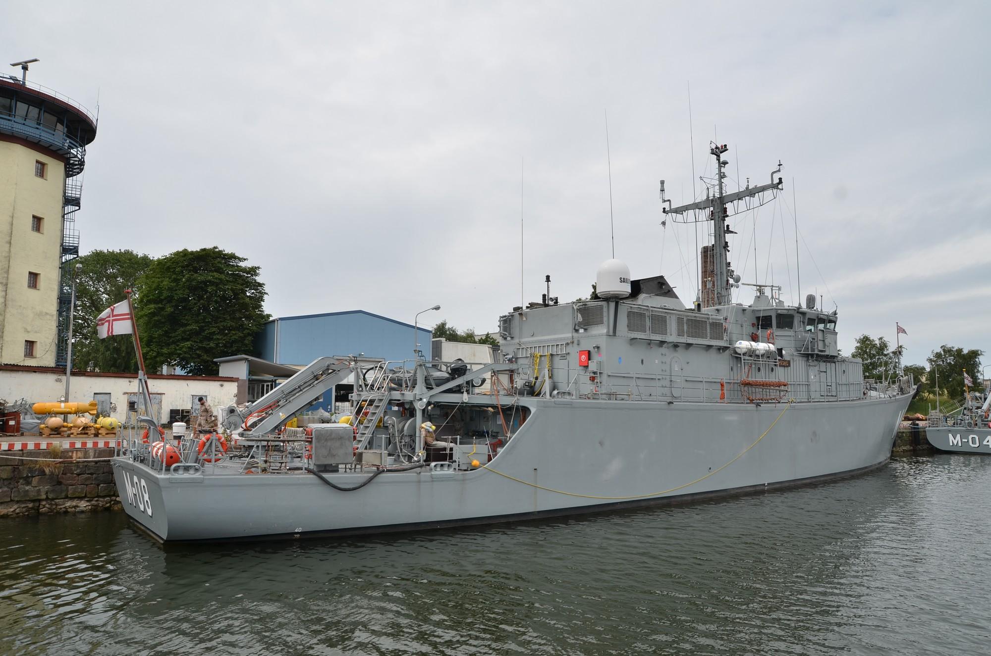 """Uz dežūru NATO svinīgi pavadīs Jūras spēku kuģi """"Rūsiņš"""""""