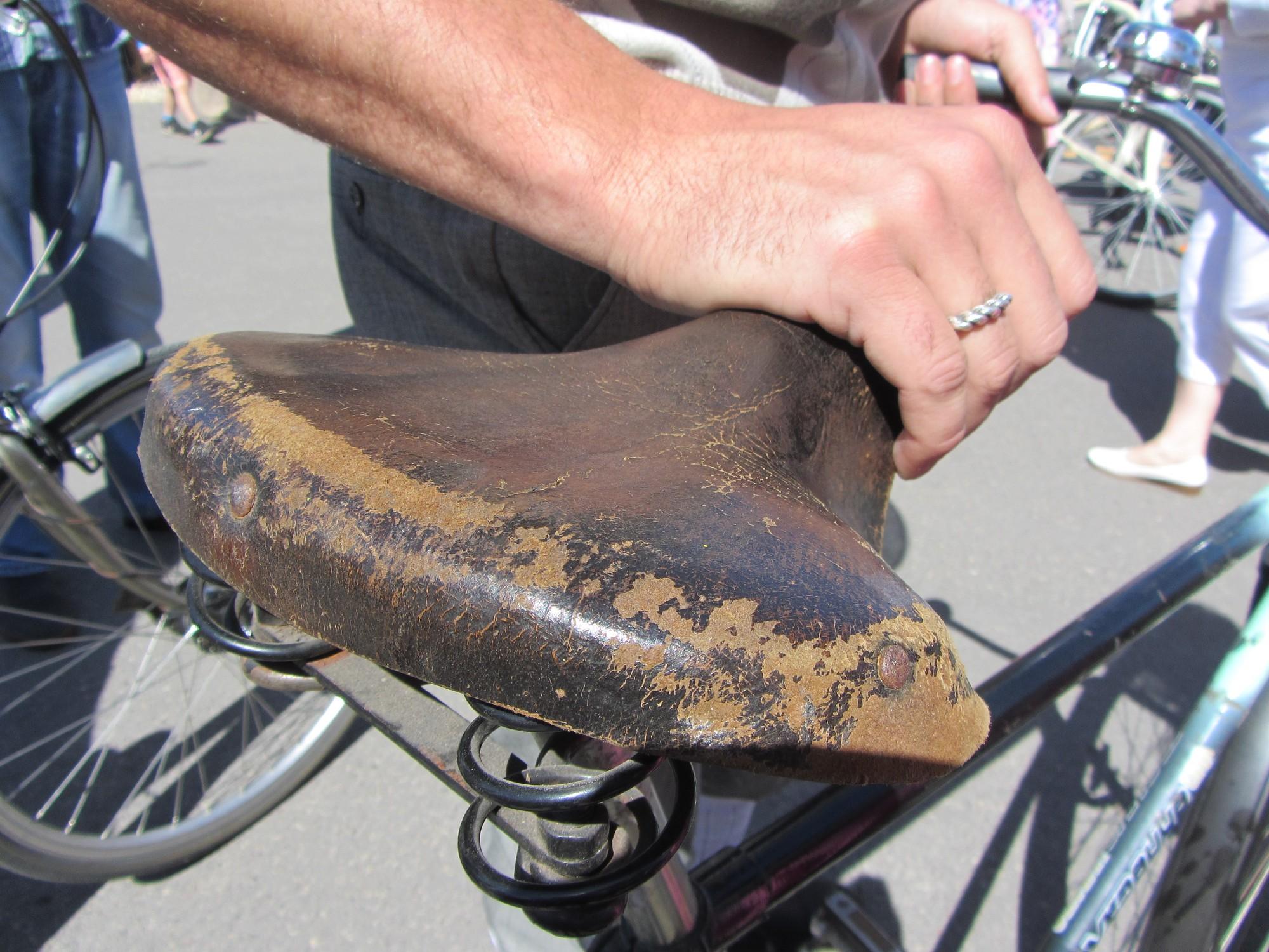Pludmalē paliek bez velosipēda