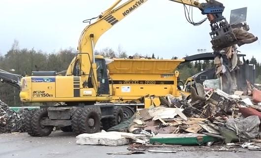 Pašvaldību izpilddirektori diskutē par atkritumu apsaimniekošanu un autoceļu stāvokli