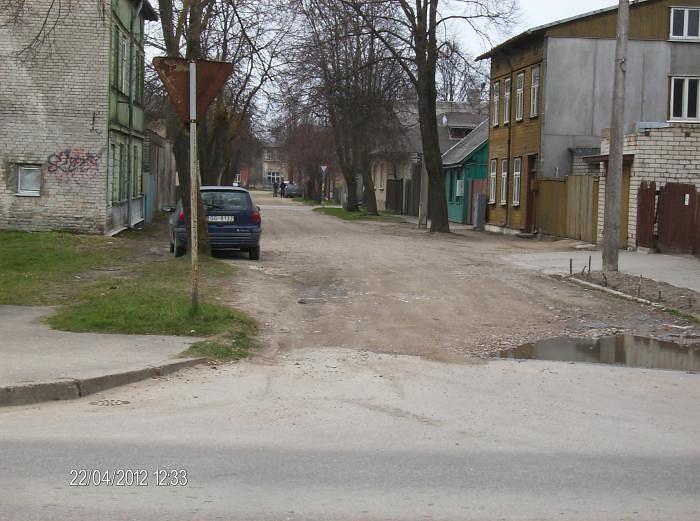 Pārbūvēs Arnolda ielu