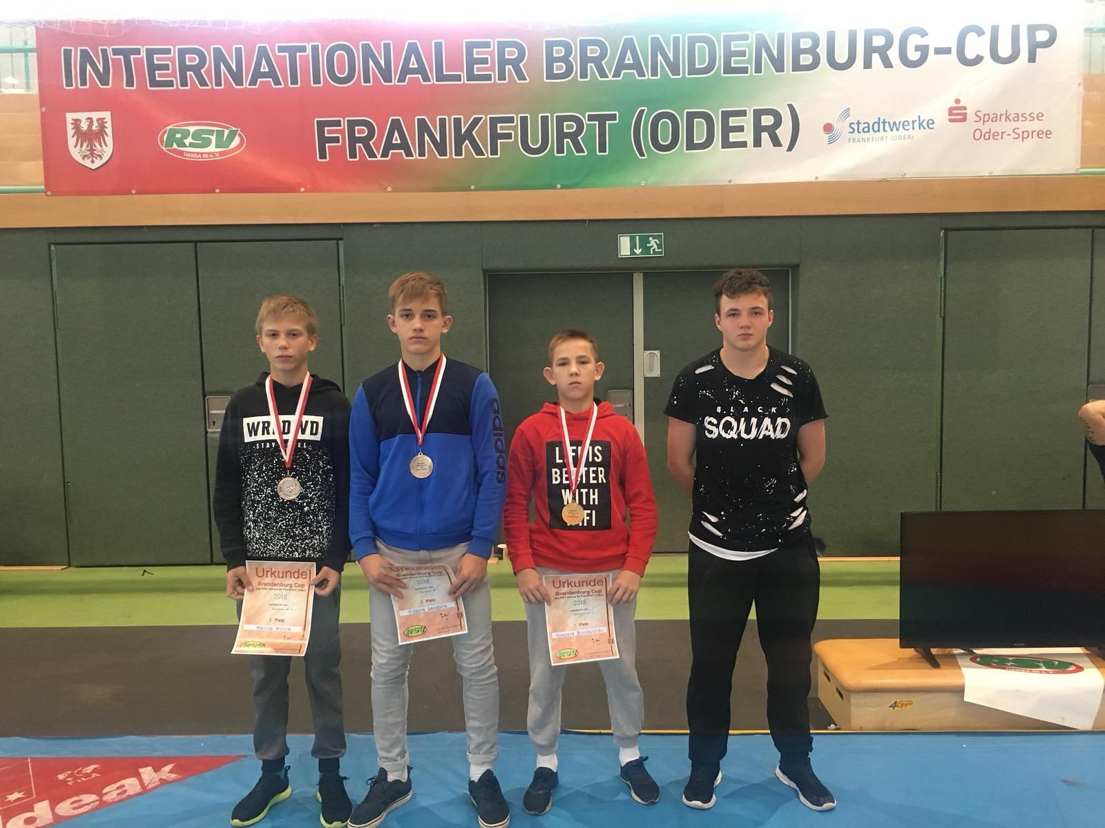 Cīkstoņiem panākumi Frankfurtē