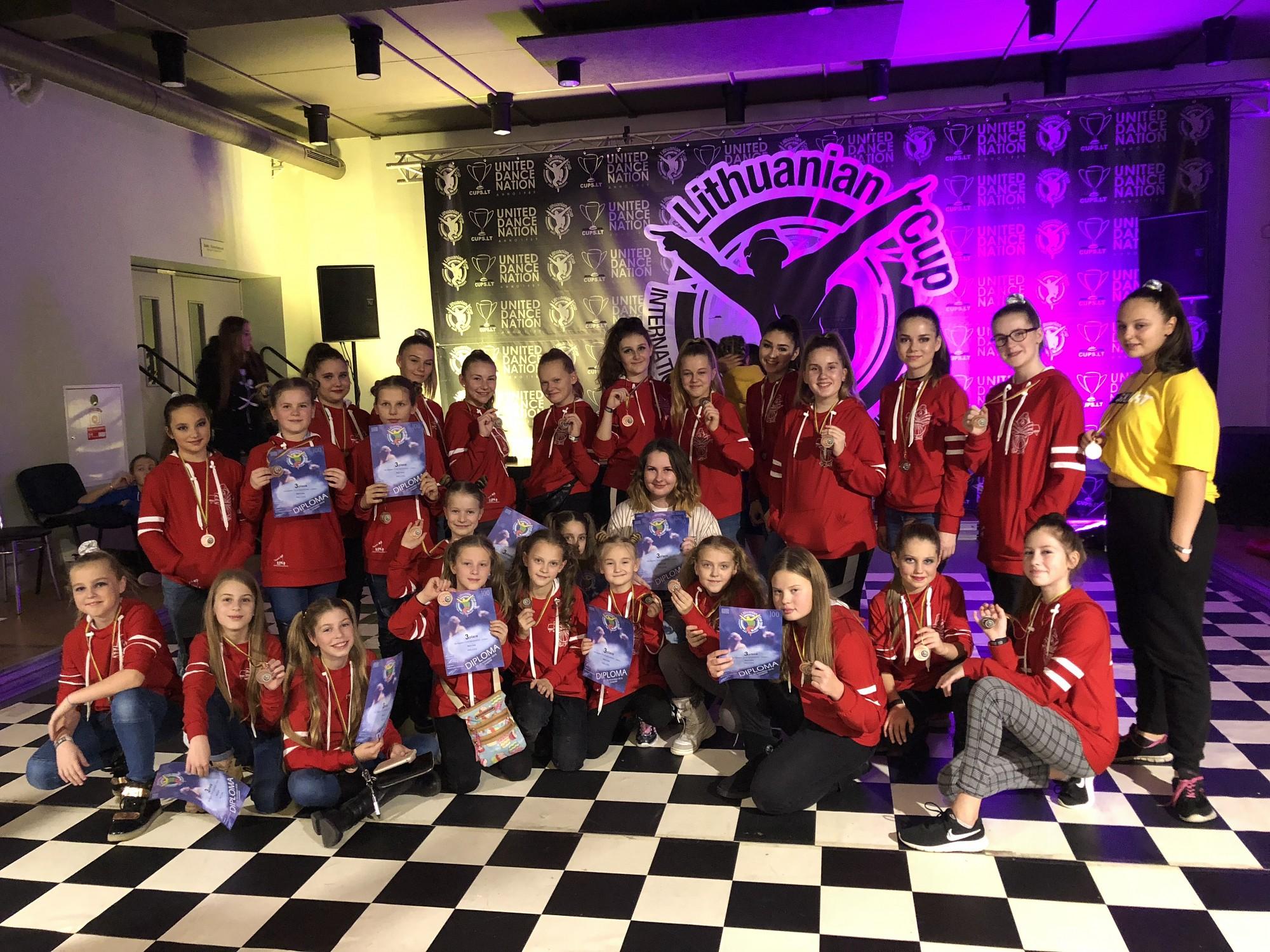 Dejotāji gūst panākumus starptautiskās sacensībās