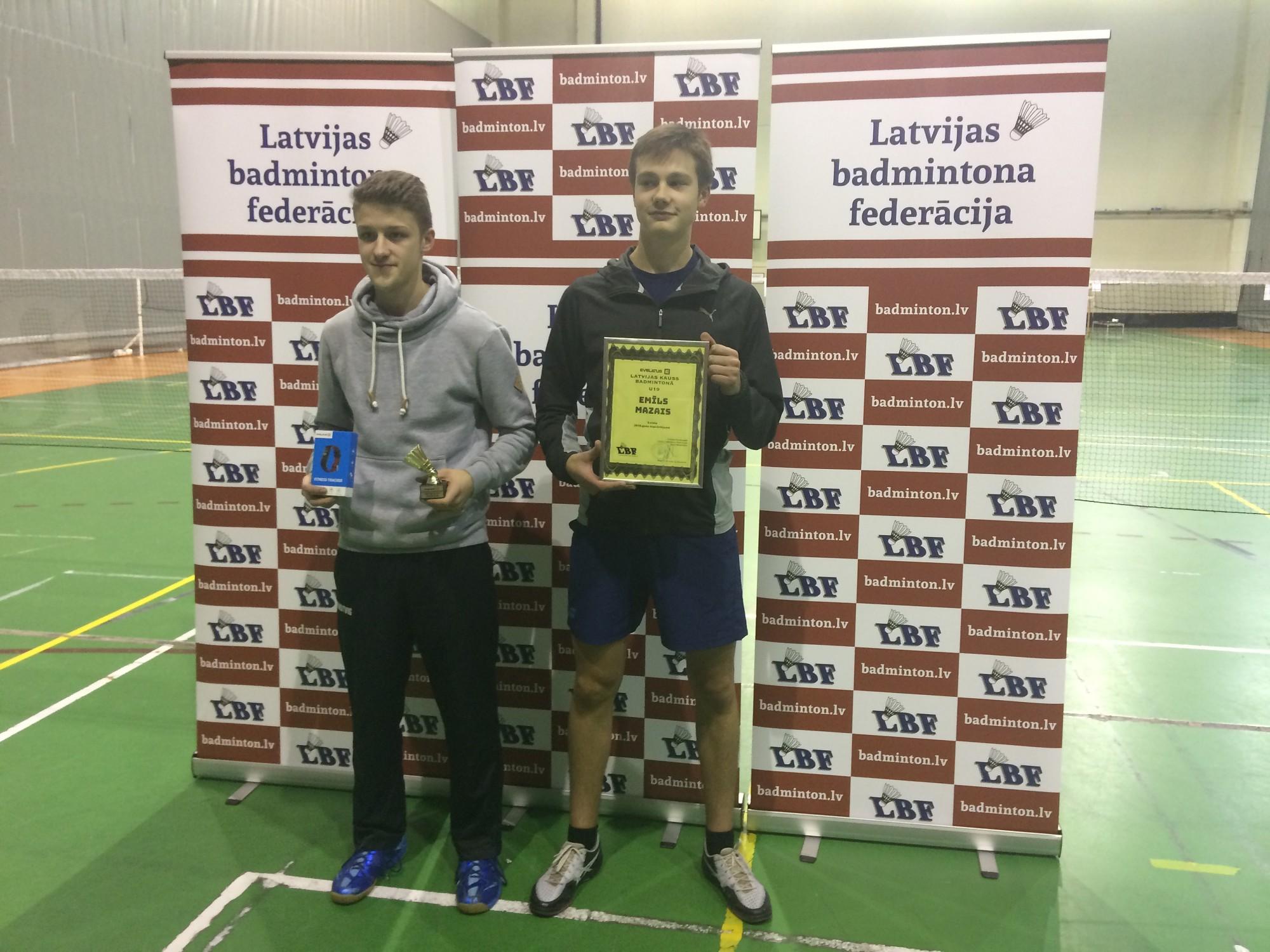 Badmintonā triumfē liepājnieks