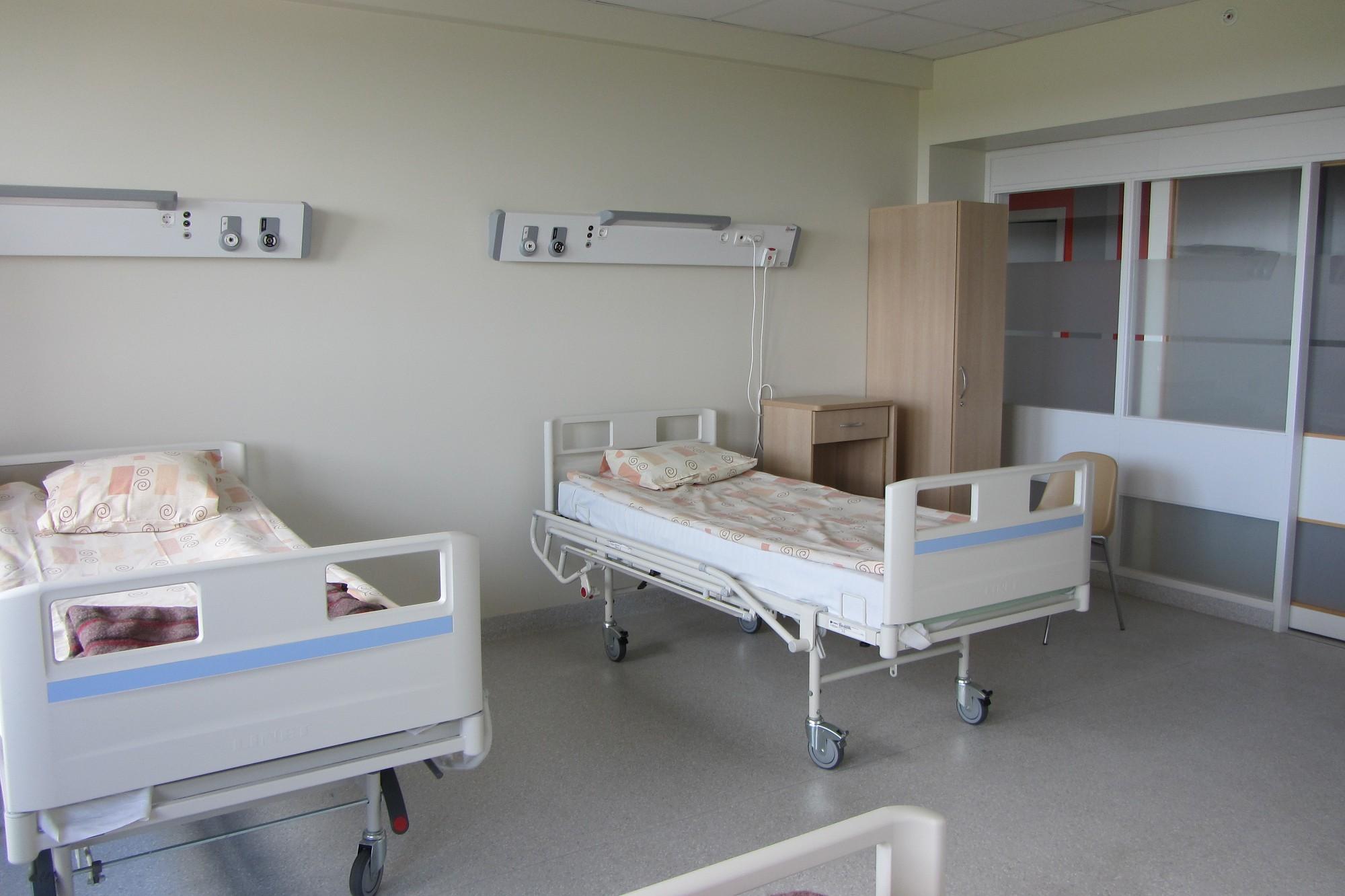 Gripa vēršas plašumā, stacionēti 17 slimnieki