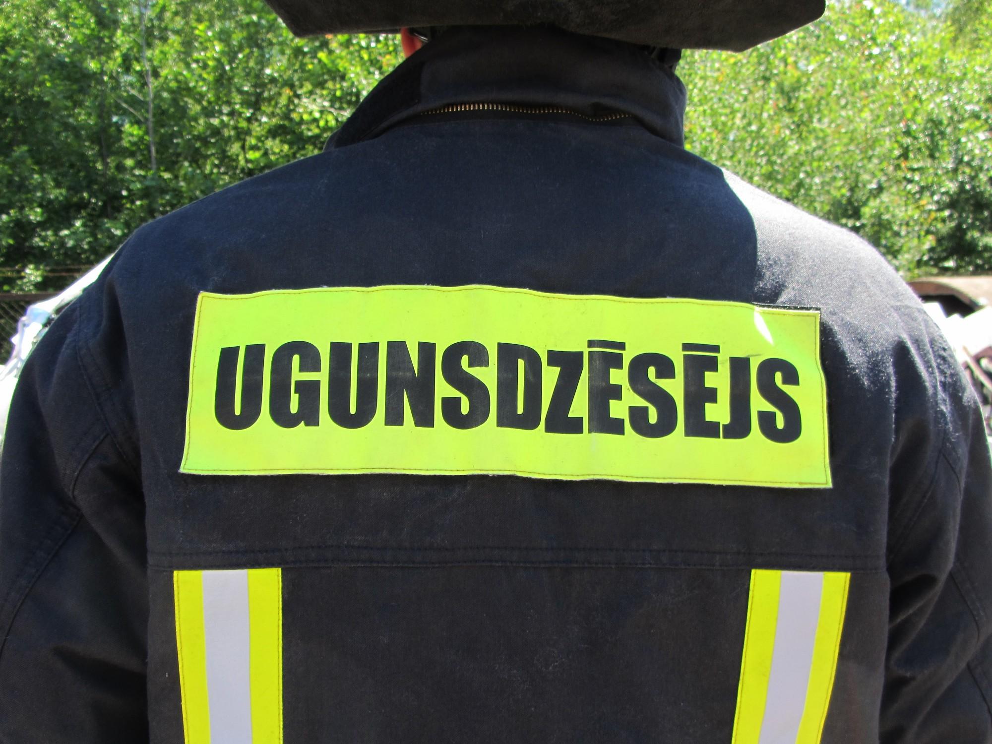 Papildināts – Brīvdienās četri ugunsgrēki, ir cietušie