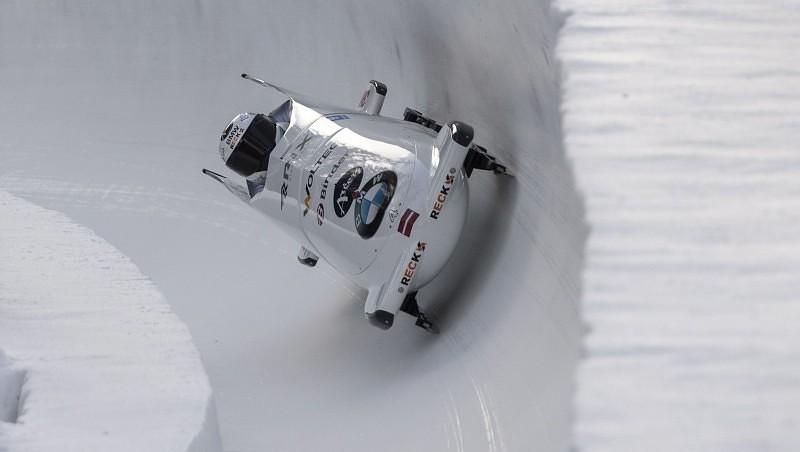 Ķibermanis un Miknis izcīna trešo vietu Pasaules kausa posmā Sanktmoricā