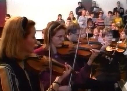 Tā tolaik dzīvojām: Liepājas simfoniskais orķestris ieskaņo pilsētas himnu
