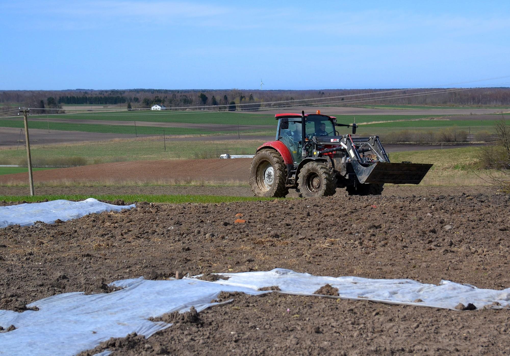 Lauksaimniekiem jāiesniedz precizējumi